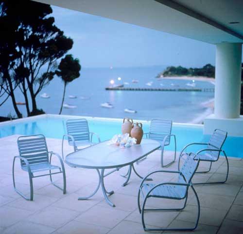 Royal Oaks Apartments Palm Desert: Casualife